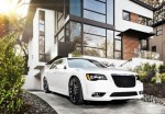 2012-Chrysler-300-SRT8-1