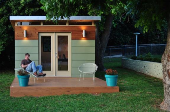 LimeWedgenet Kanga Room Brings Modern Design to Your Backyard