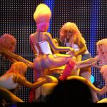 Britney Spears featuring Nicki Minaj & Ke$ha – Till the World Ends (Remix)