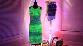 Glow in the Dark Fluid Dress x Charlie Bucket [Video]