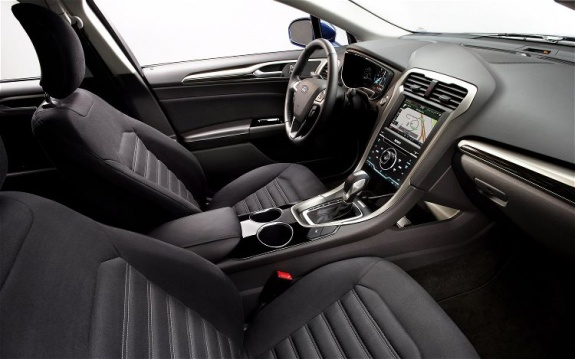 2013 Ford Fusion (3)