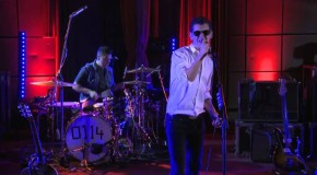 Arctic Monkeys – Hold On, We're Going Home Drake Cover